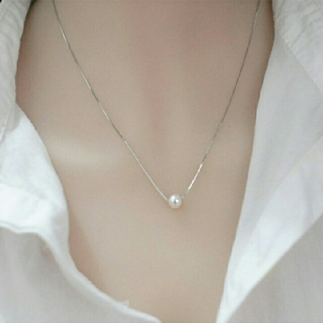 Candy online korean version of the beautiful fashion 925 silver candy online korean version of the beautiful fashion 925 silver pearl necklace simple pendant jewelry xl002 preloved womens fashion jewelry on carousell aloadofball Images