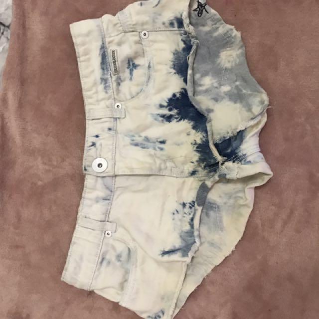 City beach shorts size 6