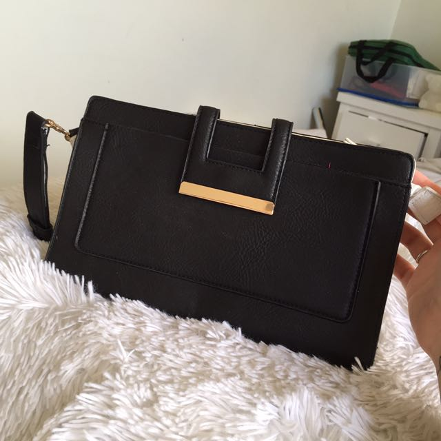 Clutch/ with strap