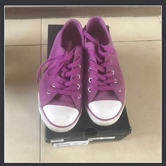 Converse leather purple limited ed. , Authentic