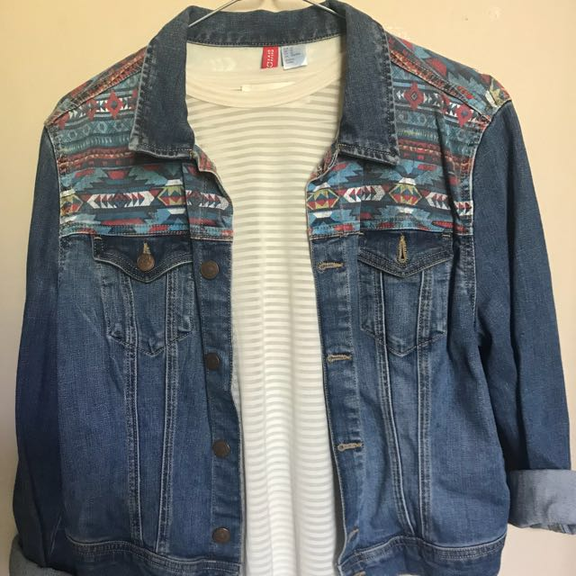 Cropped & Printed Denim Jacket
