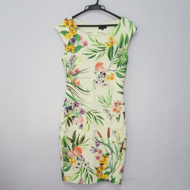 Floral Knee-length Dress