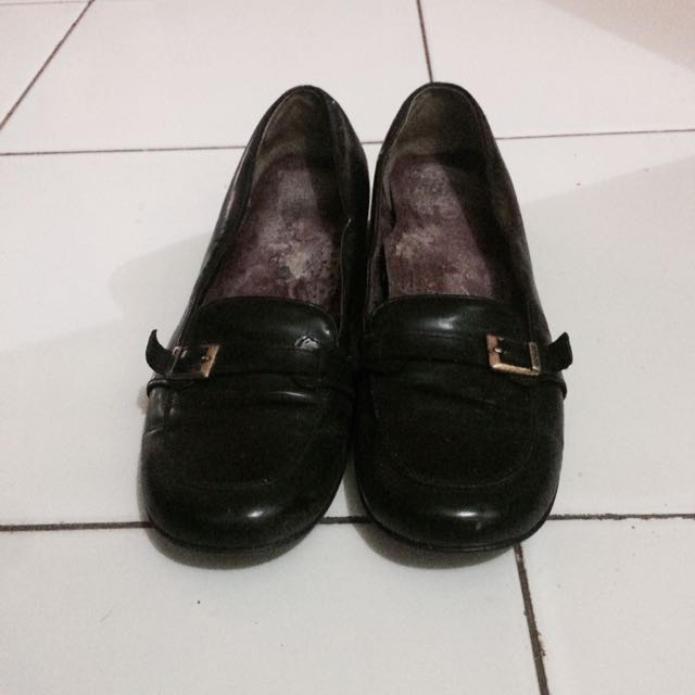 GOCCE black flat shoes