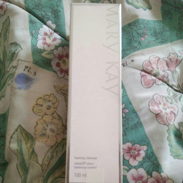 Mary kay foaming cleanser