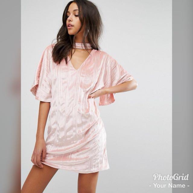 c2a387c261 Missguided Velvet Choker Pink Shift Dress, Women's Fashion, Clothes ...