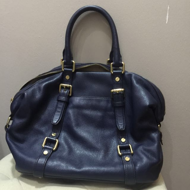 0daef92b4ca9 ... MK Hand Carry Sling Bag (Authentic), Luxury, Bags Wallets on Carousell  ...