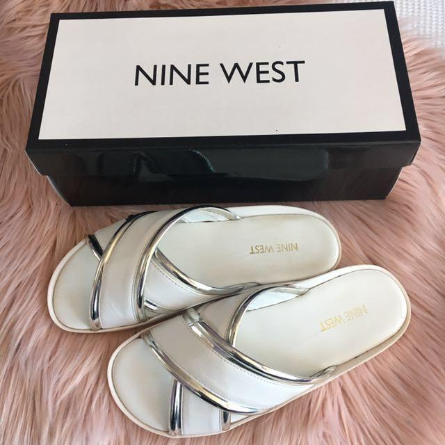 NINE WEST| White Slides