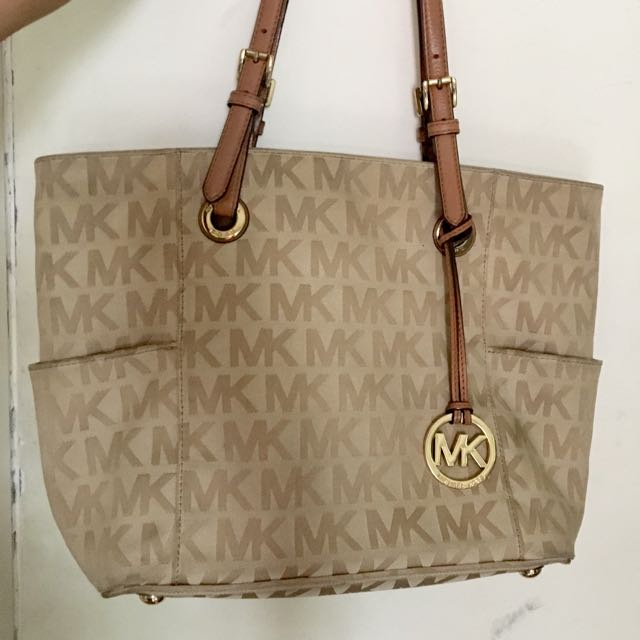 Original Michael Kors Jet Set Monogram Tote