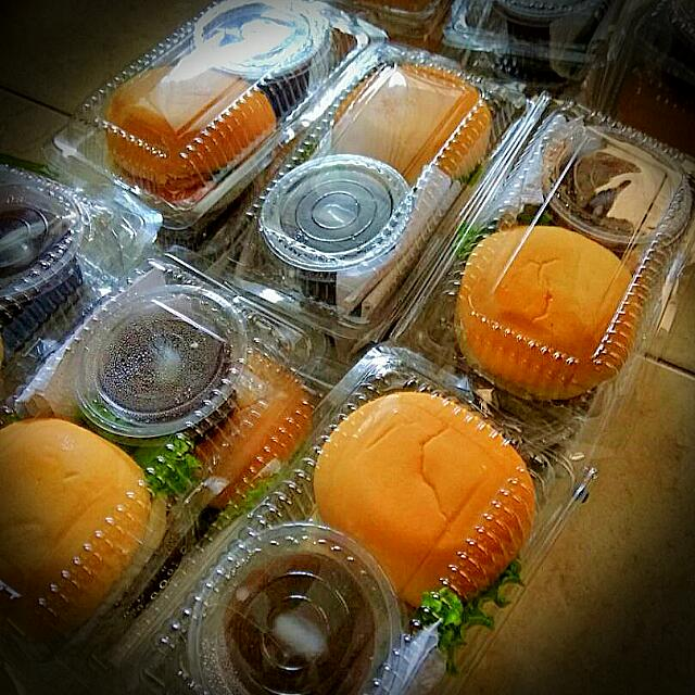 Paket Snack, Food & Drinks, Baked Goods on Carousell