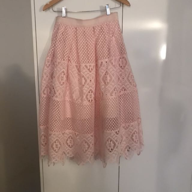 Pink lace seed skirt