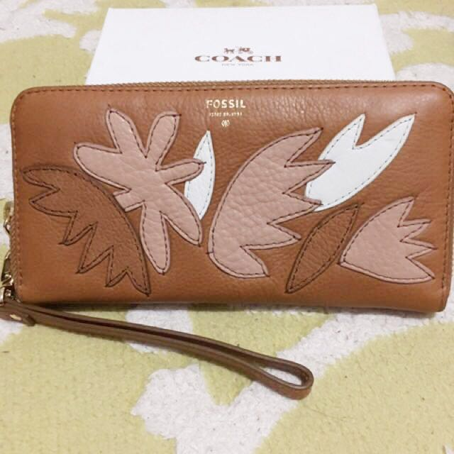 [reprice] Fossil Leather Wallet Authentic