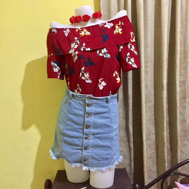 Repriced!! Red Floral Off Shoulder (skirt not included)