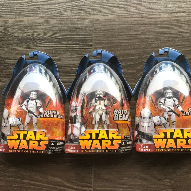 CLONE TROOPERS 3.75 Inch in Star Wars Revenge Sith 3 Pack Sealed   Army Builder