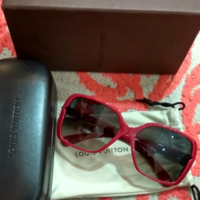 sunglasses LV authentic