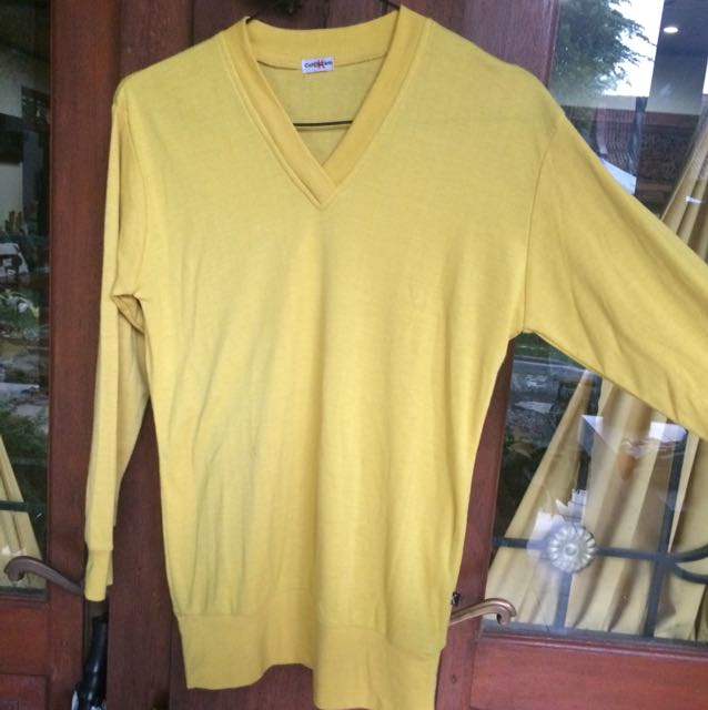 Sweater Kuning Polos (Yellow Mustar Plain Sweatshirt)