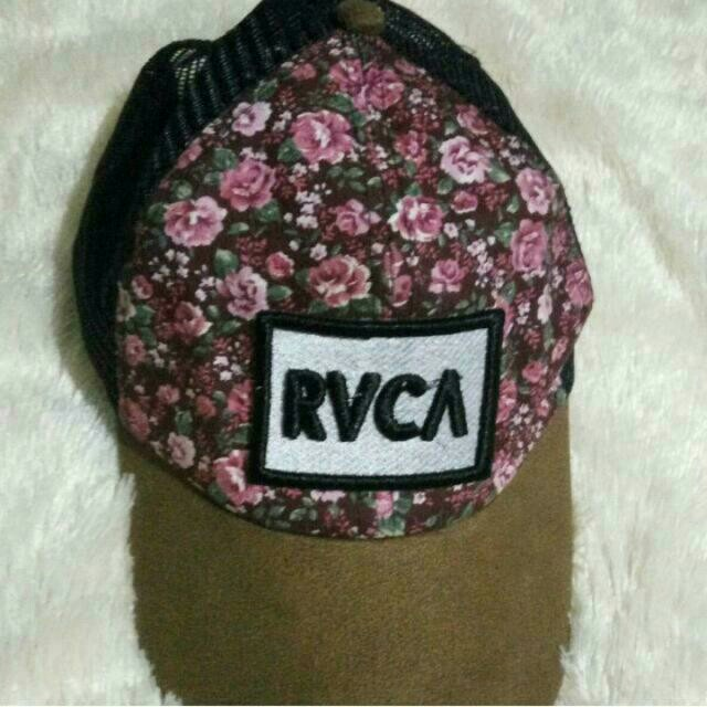 Topi Flowery RVCA