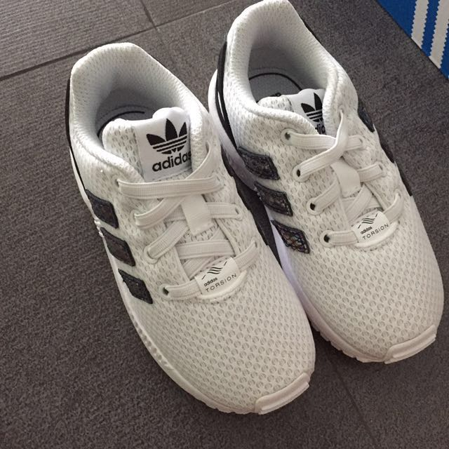 91bce1cf16ce2 US 8.5 REDUCED! NEW adidas ZX Flux Toddler Shoes