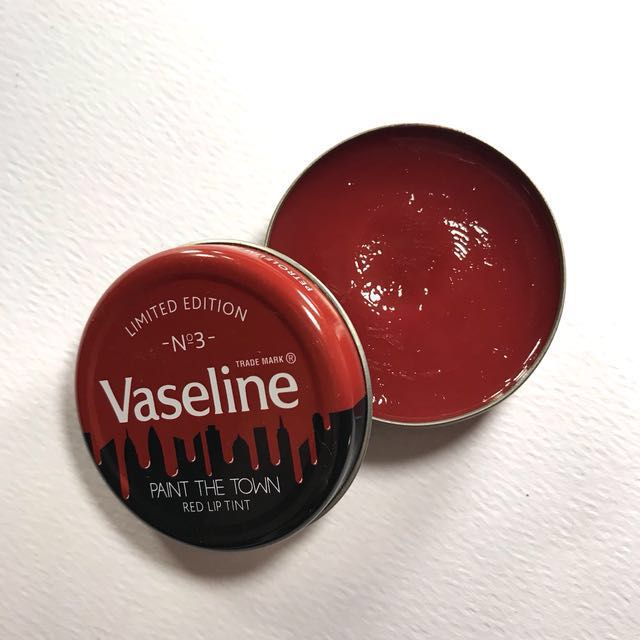 Vaseline Limited Edition - Red Lip Tint
