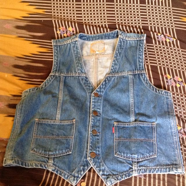 46815c03 Vintage Big John denim vest jacket, Everything Else, Others on Carousell