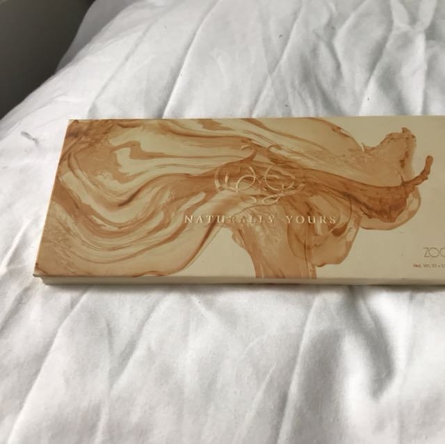 Zoeva palette
