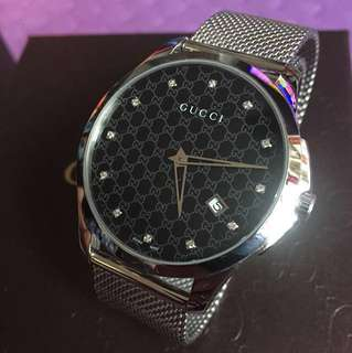 GUCCI SWISS MADE STANLESS STEEL MEN WATCH