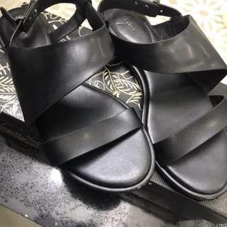 Pedro Black Sandals