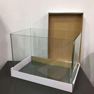 Glass Aquariums/ Tanks (11.97L)