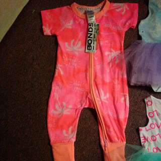 Size 000 BONDS BNWT girls items