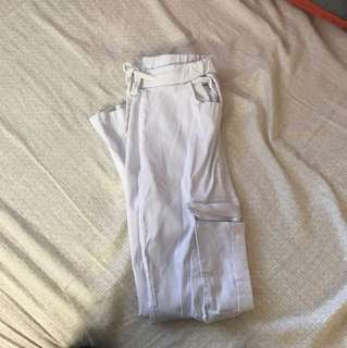 White skinny pants xs