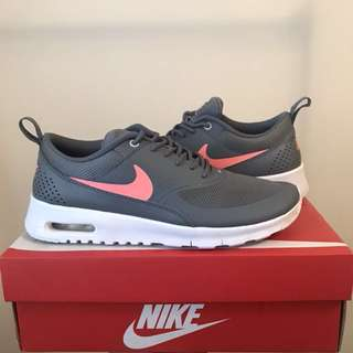 Nike Air Max Thea Grey/Pink