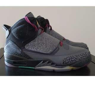 *Size 9* Nike Air Jordan Son of Mars 'bordeaux'