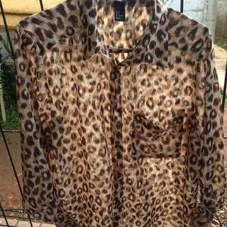 H&M top woman leopard