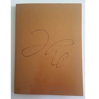 VIXX HONGBIN SIGNED LIVE IN FANTASIA ELYSIUM DVD PHOTOB0OK