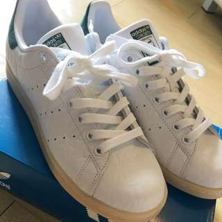 Adidas 女裝Stan Smith