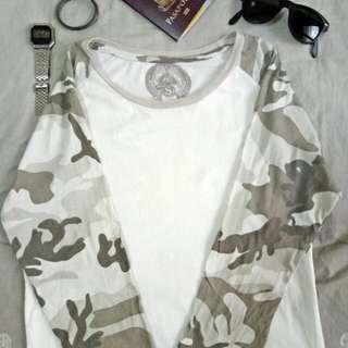 Cotton On  3/4 white/camouflage shirt