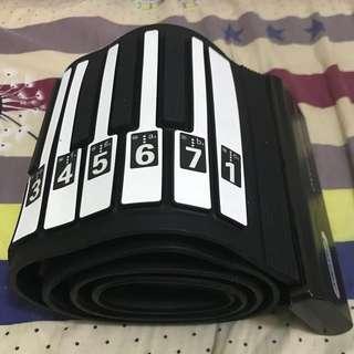88鍵卷琴送喇叭和袋子