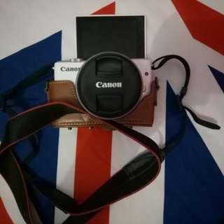 Sewa Canon M10