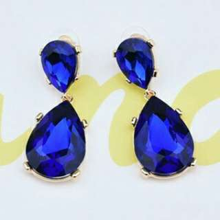 Anting blue oval