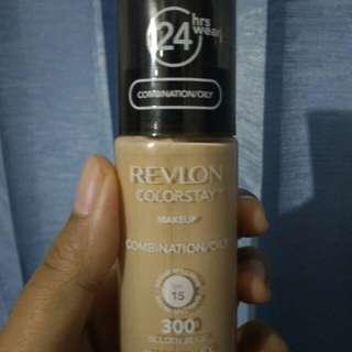 REVLON Colorstay Foundation (300 Golden Beige