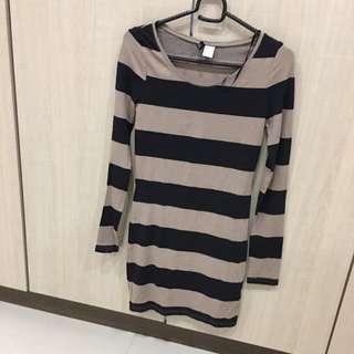H&M Long Sleeve Tight Dress
