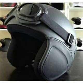 Helm classic kacamata hitam polos