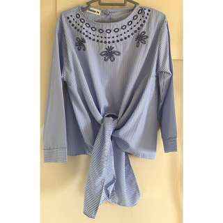 Buy 2 get 1 free! Clearance Sale: Blouse with bottom knot