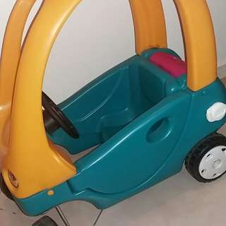 Little tikes frand coupe car