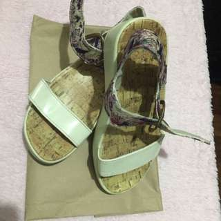 White fitflops (size 7)