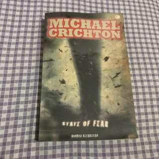 Preloved Novel Michael Crichton
