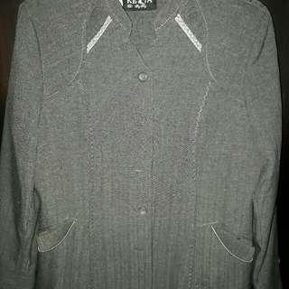 Baju kantor set (blazer dan celana)