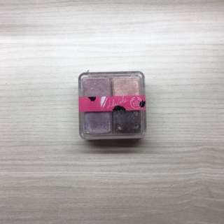 The body shop lilycole shimmer cubes eyeshadow