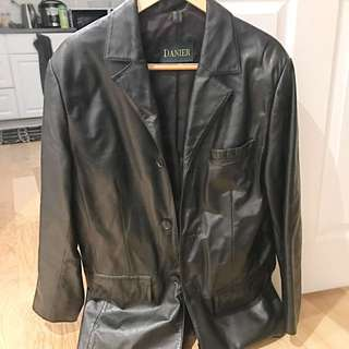 Men's Size S Danier Leather Jacket
