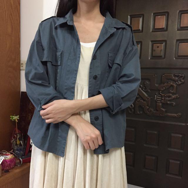 近全新 深灰藍綠軍裝感大口袋寬鬆襯衫外套