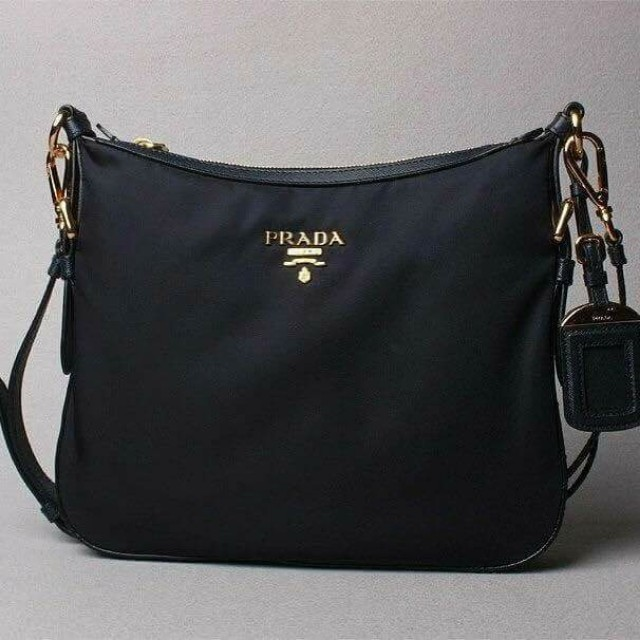 2bb3881823bf 🔥💯% Prada BT0706 Nero Black Tessuto Saffian Nylon and Leather ...